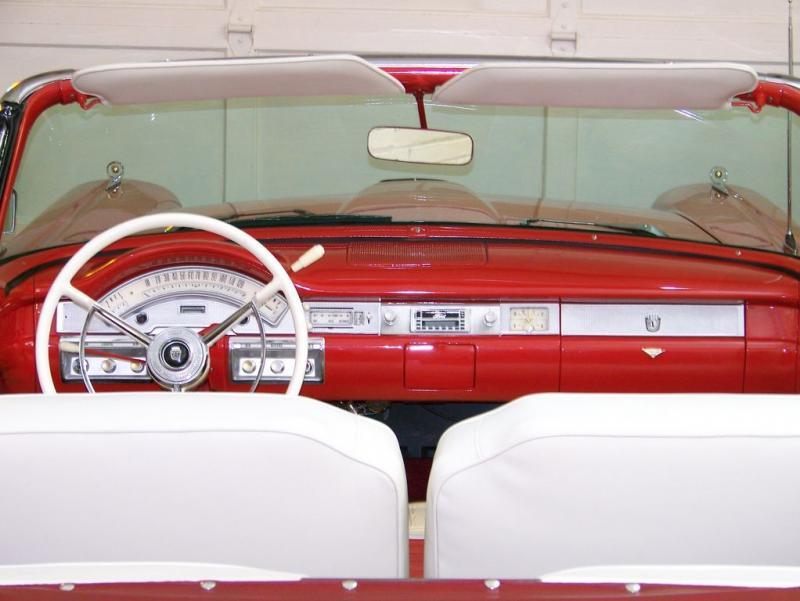 723_big1958-ford-fairlane-convertible-52-website-.jpg